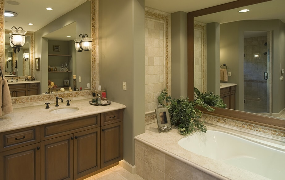 Backsplash & Bathtub Surrounds
